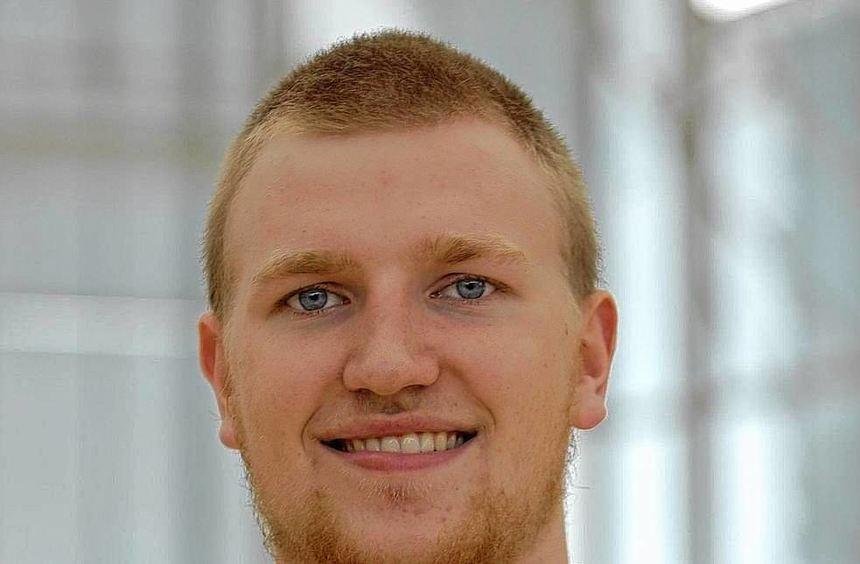 Maximilian Ugrai aus Heckfeld im Trikot des Basketball-Bundesligisten s.Oliver Baskets Würzburg.