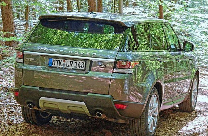 Der Range Rover Sport trägt seine dynamischen Ambitionen nicht nur im Namen, sondern setzt sie ...