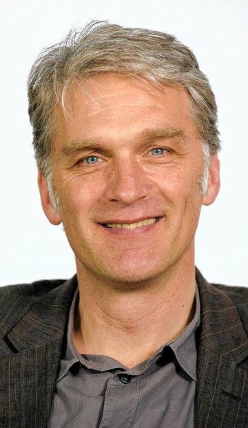 Kästner-Abend: Walter Sittler kommt ins Audi Forum Neckarsulm.