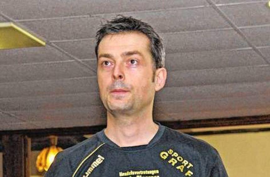 Frank Gutschalk trumpfte beim 5:3 der Nibelungen in Straubing auf.
