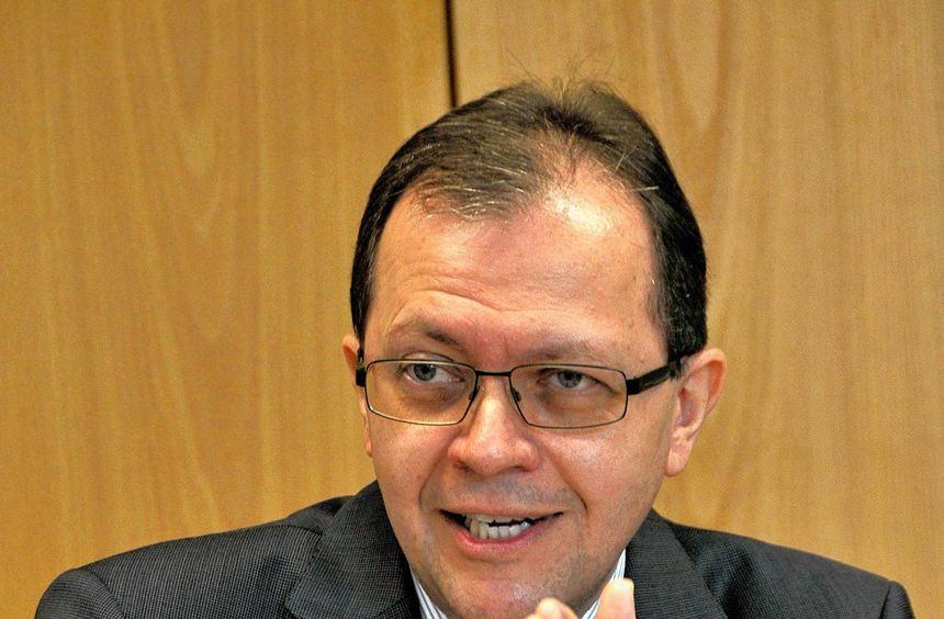 Der Erste Kreisbeigeordnete Thomas Metz wechselt als Staatssekretär nach Wiesbaden.