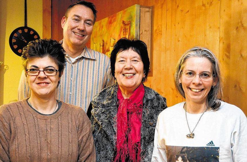 Der Vorstand des Rassekatzenclubs mit (von links) Daniela Sicker, Bernd Pollesche, Ortrun Wagner ...