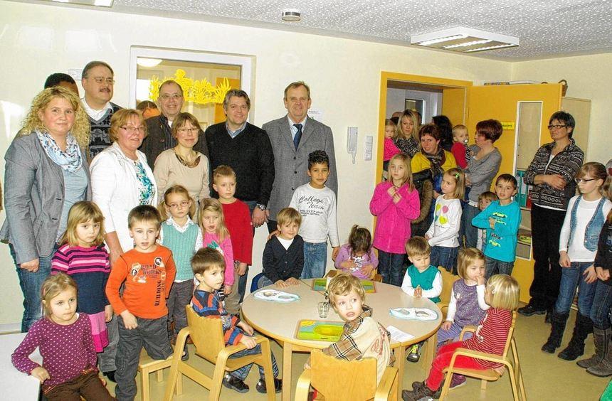 Groß war die Freude bei Groß und Klein bei der feierlichen Eröffnung der Tauberrettersheimer ...