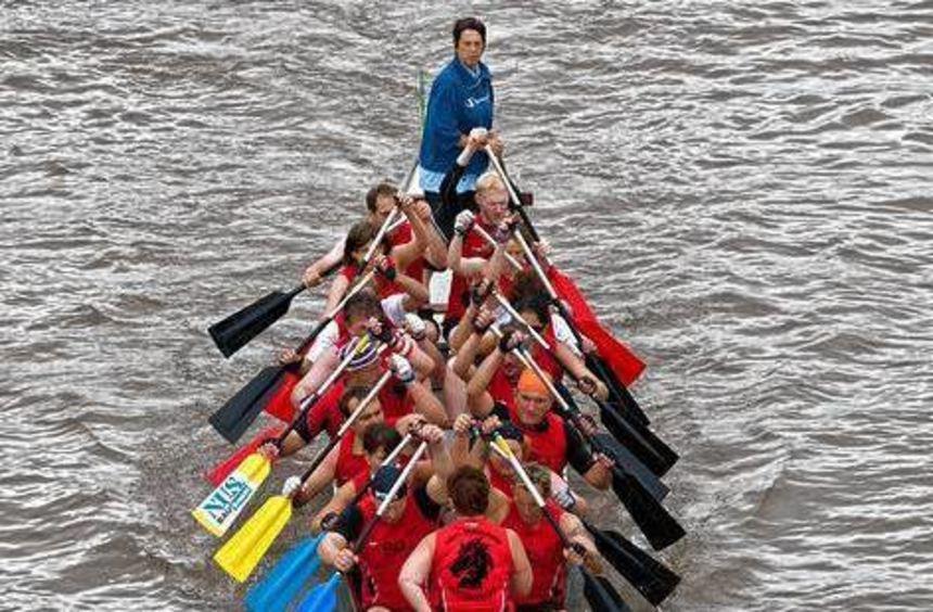 Die Drachenboot-Sportler treffen sich am 26. Juli auf dem Neckar.