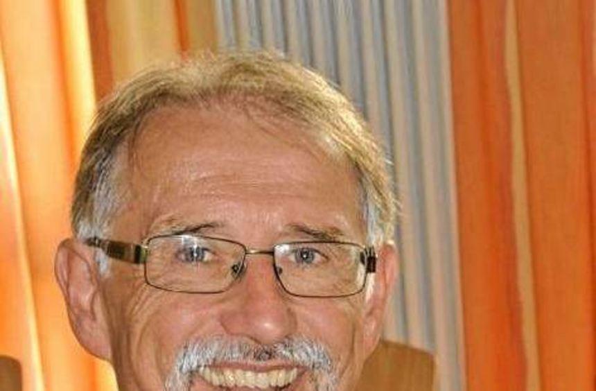 Dr. Egbert Braun feiert heute seinen 60. Geburtstag.