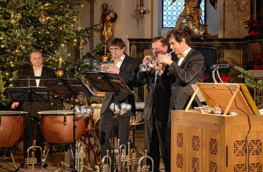 Das Pfeiffer-Trompeten-Consort legte bei seinem Auftritt in der Kirche St. Pankratius nach Meinung ...