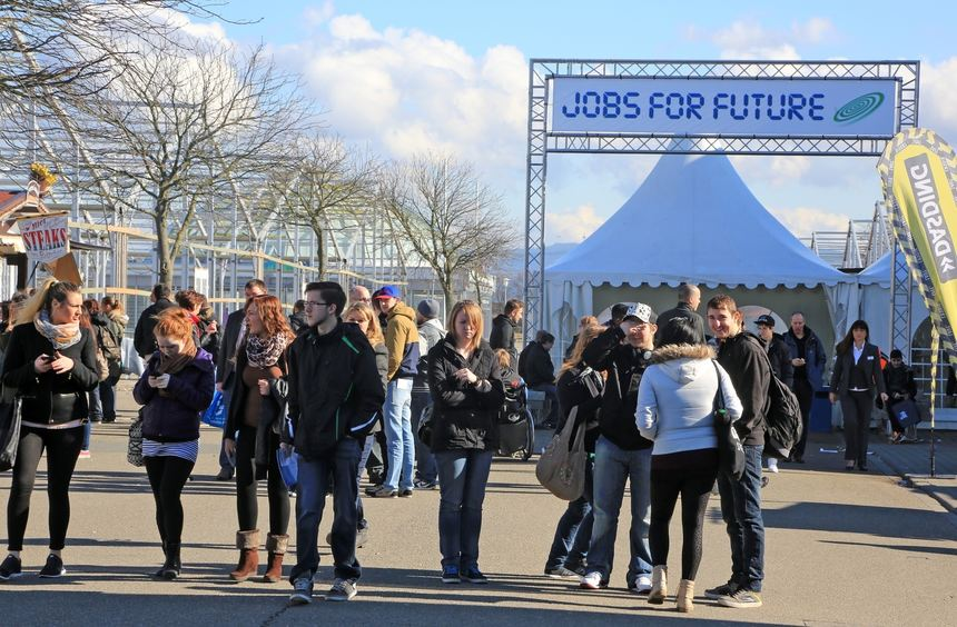 jobs for future in bildern mannheimer morgen. Black Bedroom Furniture Sets. Home Design Ideas