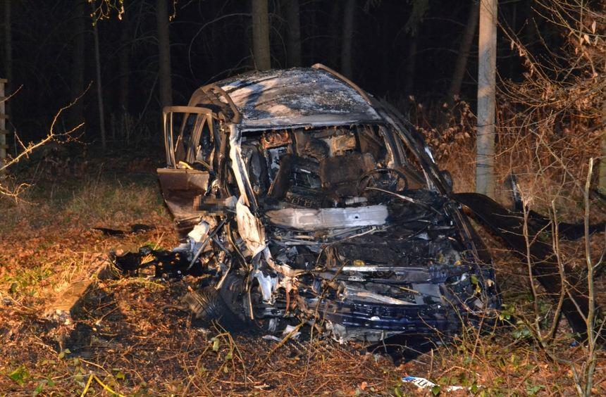 Der Unfall ereignete sich nach Angaben der Polizei am Mittwoch gegen 22.30 Uhr.