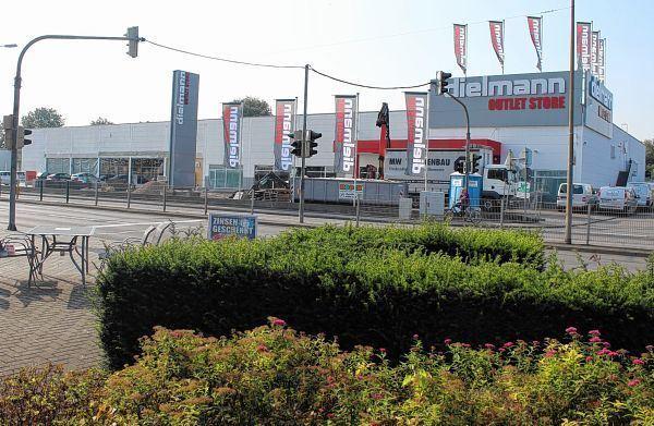 huge discount f31d5 34861 Nahezu die Größe von Scheck-In - Südhessen Morgen