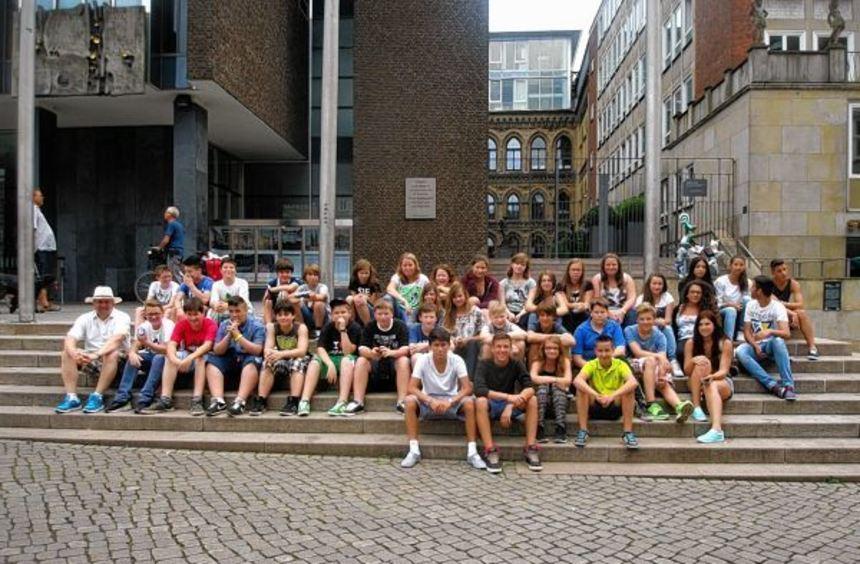 Schüler der Rimbacher Dietrich-Bonhoeffer-Schule besuchten für einige Tage Jever und die ...