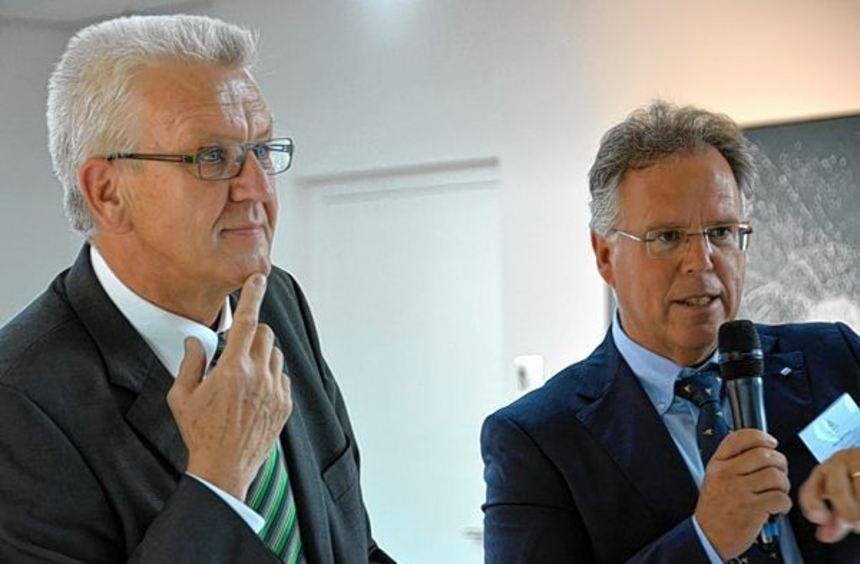 Landesvater Kretschmann und Landrat Frank im Gespräch.