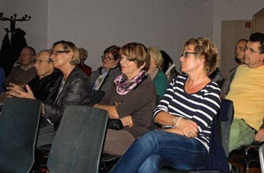 """Als Beitrag zum Filmfestival der Generationen wurde in Heddesheim der Film """"Und wenn wir alle ..."""