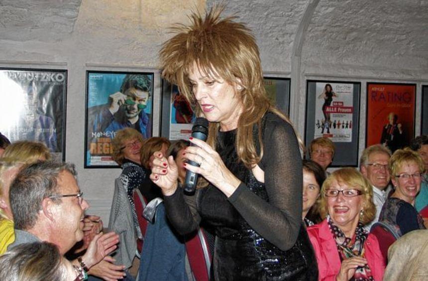Einen richtig heiteren Abend erlebte das Publikum am Samstag im Convenartis-Keller mit dem ...