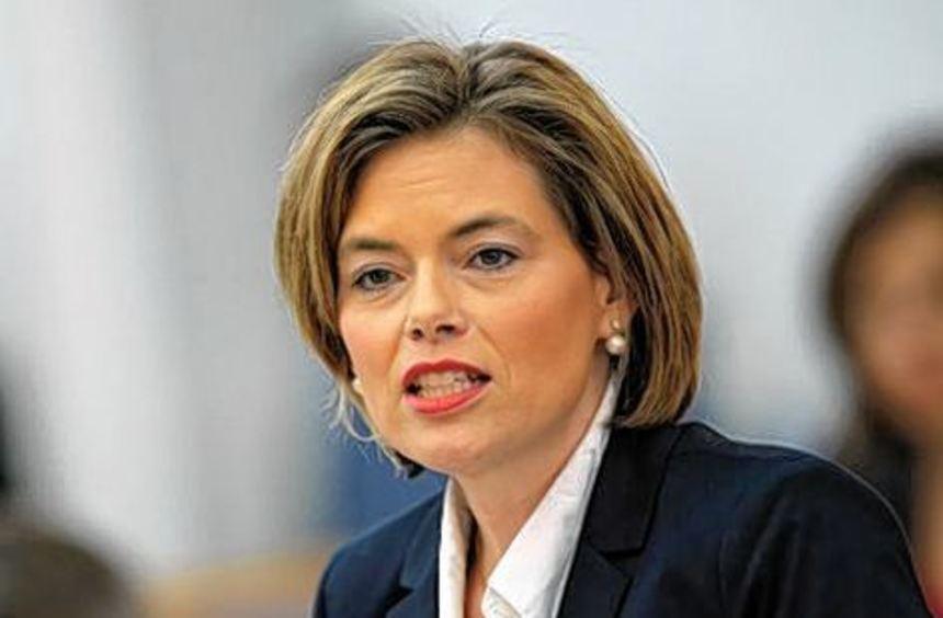 CDU-Fraktionschefin Klöckner fordert personelle Konsequenzen.