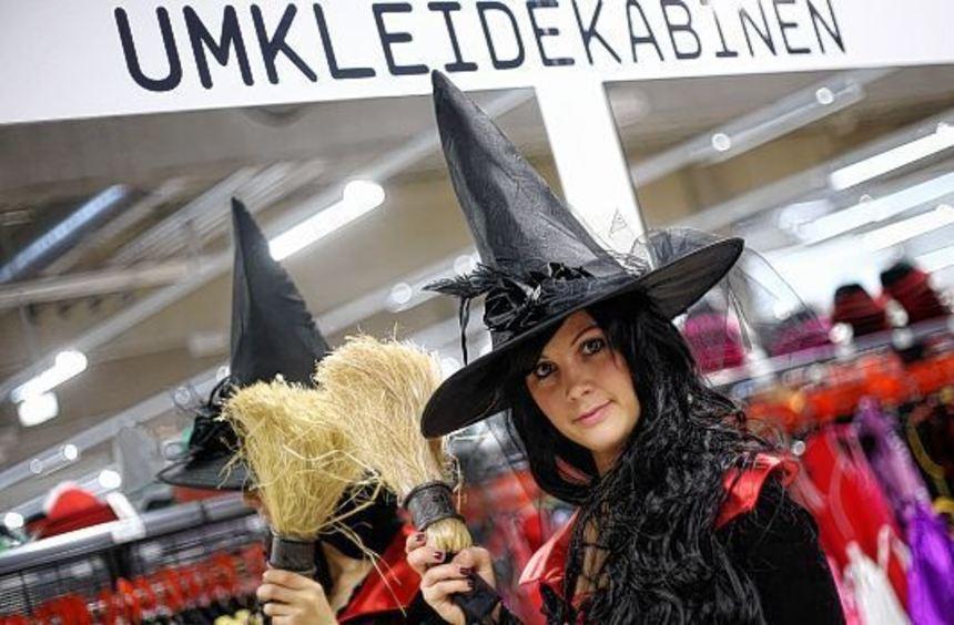 Nicht nur die Textil-Industrie freut sich über den Umsatz zu Halloween, sondern auch die ...