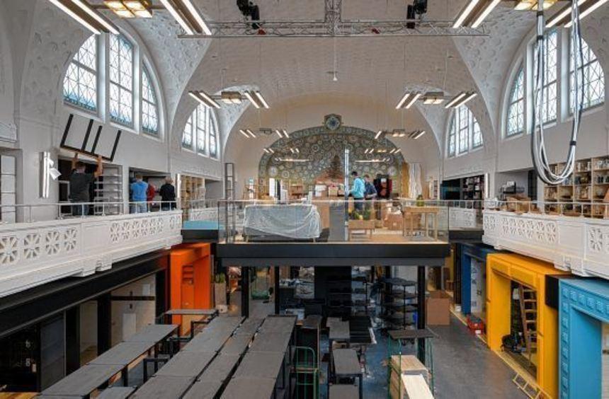 Noch wird gearbeitet, in ein paar Wochen soll in der Markthalle im Alten Hallenbad die Eröffnung ...