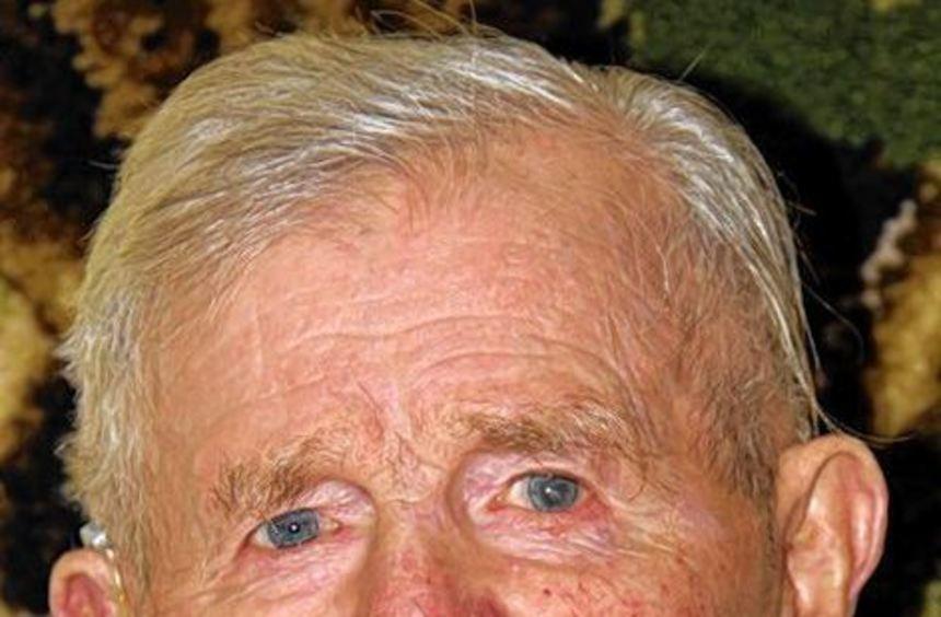 Den Tieren verbunden: Der noch agile Landwirt Josef Lanig feiert morgen seinen 100. Geburtstag.