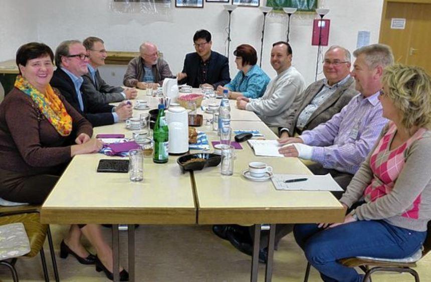 Das Präsidium des Kurpfälzer Chorverbands Mannheim hatte die Chorleiter zu einem lockeren Treffen ...