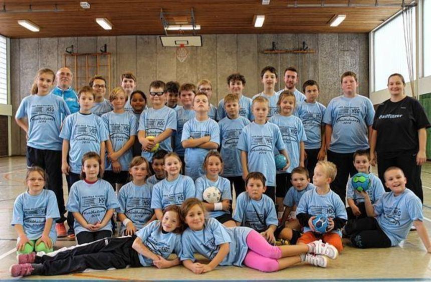 Das dreitägige Handballcamp der HSG Ried ist bei den jungen Sportlern auf große Resonanz gestoßen.