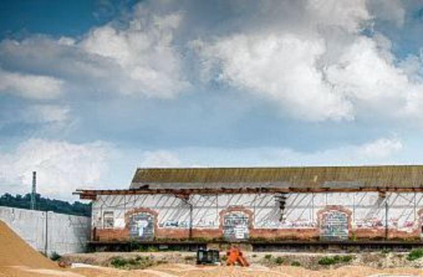 Die denkmalgeschützte Güterhalle: Im Herbst zieht dort das Musiktheater Rex ein. Das Gebäude bietet ...